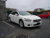 www.ProspectPointeMotorCars.com This Maxima is Top Of