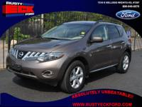 This 2009 Nissan Murano with the luxury SL trim shows