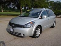 Look at this Minivan! This Nissan Quest is incredible