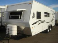 2009 Northwood Arctic Fox 22H 22' Travel Trailer This