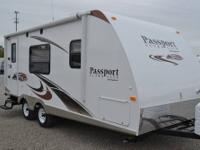 2009 Puma 31BHSS Travel Trailer in Excellent Condition