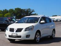 This 2009 Pontiac Vibe 4DR HB AWD boasts features like