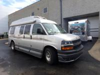 This is a 2009 RoadTrek 190 great condition and with