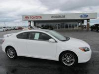 Exterior Color: white, Body: Coupe, Engine: 2.4L I4 16V