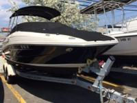 2009 Sea Ray 230 Sundeck Pre-owned - 30 Day Warranty
