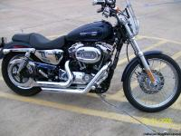 FOR SALE:2009 HD SPORTSTER 1200 XL CUSTON.2800 PAMPERED