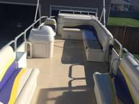 For Sale! 2009 Sundance DX24 Triple-Toon, equipped with