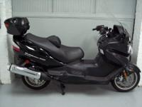 2009 Suzuki Burgman 650 Executive in Black with only15k