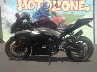 2009 Suzuki GSXR1000 -- PERFECT CONDITION -- LOTS OF