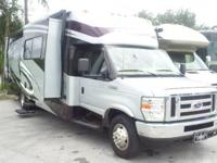 2009 Thor Hurricane 30' class A motorhome built on the