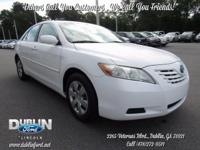 2009 Toyota Camry Base CE FWD  *CLEAN CARFAX*,