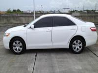 2009 TOYOTA CAMRY LE WITH 55405 ONE OWNER MILES. THIS