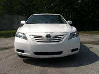 2009 TOYOTA CAMRY LE ? Mint Condition.Clean Title,Only