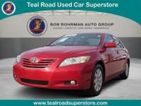 Sunroof/Moonroof, This 2009 Toyota Camry XLE has a