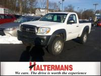 4 Wheel Drive! Long Bed! This handsome 2009 Toyota