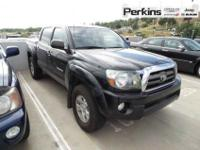 4X4, DOUBLE CAB, TOW PACKAGE, SR5 AND TRD! +++THIS ONE