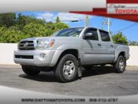 2009 Toyota Tacoma Double Cab SR5 4x4 V6, *** 1 OWNER