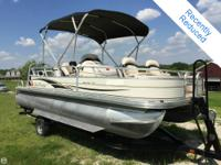 - Stock #77443 - This 2009 Sun Tracker Fishing Barge 21