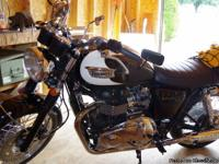 bike is in show bike condition ,865cc, fuel injected,
