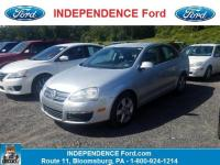 Come see this 2009 Volkswagen Jetta Sedan . Its