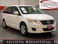 Routan SE, 4D Passenger Van, 3.8L V6, 6-Speed