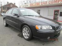 GREAT DRIVING AND COMFORTABLE VOLVO S60 SEDAN IN FINE