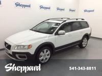 3.0T trim. CARFAX 1-Owner. Sunroof, Leather Seats,