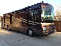2009 Winnebago Vectra40WD, 11,465 Miles, 425-hp ISL