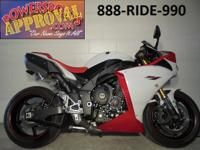 2009 Yamaha R1 crotch rocket for sale loaded with
