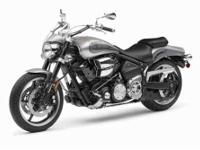 2009 Yamaha Road Star Warrior Cruiser This silver bike