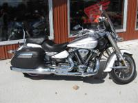 2009 Yamaha Stratoliner S BEAUTIFUL BIKE! LOCATION