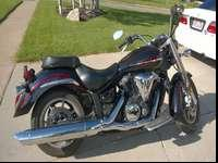 Priced to sell. Very nice 2009 Yamaha V-Star 1300. Fuel
