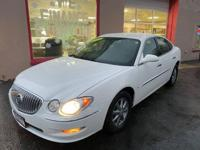2009 BUICK LACROSSE CXL IN GREAT CONDITION *********LOW