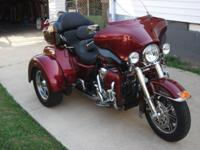 Red Hot Sunglow Harley Trike- Excellent Condition. 5400