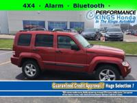 Features: 4X4, a Front Head Air Bag, an Alarm, and