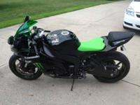 2009 Kawasaki ninja ZX-6R monster edition. Bike has