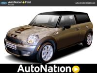This MINI consists of: HOT CHOCOLATE METALLIC * Note -