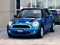 Check out this gently-used 2009 MINI Cooper Hardtop we