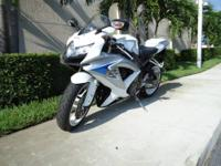 Gorgeous 2009 Suzuki, GSXR 600 , this bike is in