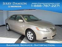 2009 Toyota Camry 4dr Car LE Our Location is: Jerry