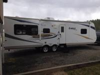 Stock Number: 727672. 2010 Jayco travel trailer,31 ft,