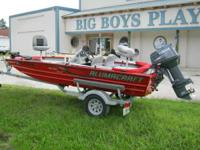 THIS IS A VERY NICE USED 2010 ALUMACRAFT 16' MV-TEX