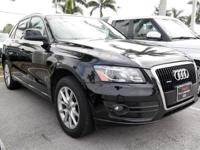 Clean CARFAX. Brilliant Black 2010 Audi Q5 3.2 Premium