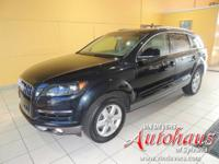 This Q7 is equipped with a panorama sunroof and the