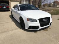 Hello,  I am selling my 2010 Audi S5 Prestiege 4.2l V8