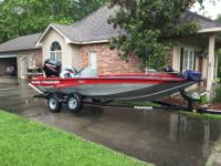 2010 bass tracker PRO TEAM 175 TXW with a two stroke