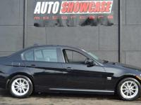 This 2010 BMW 3 Series 4dr 328i xDrive features a 3.0L