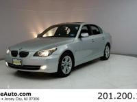 ***CARFAX CERTIFIED WITH SERVICE RECORDS***. 528i