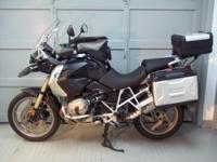 2010 BMW R1200GS, black with low seat and low