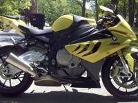 2010 BMW Acid Green S1000RR. It currently has 4,800+